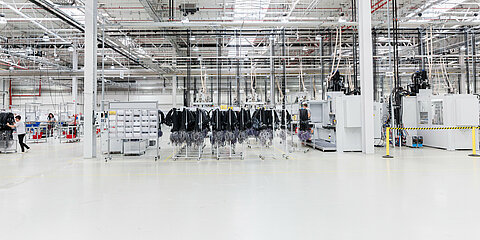 Production hall of wire harnesses in Poland